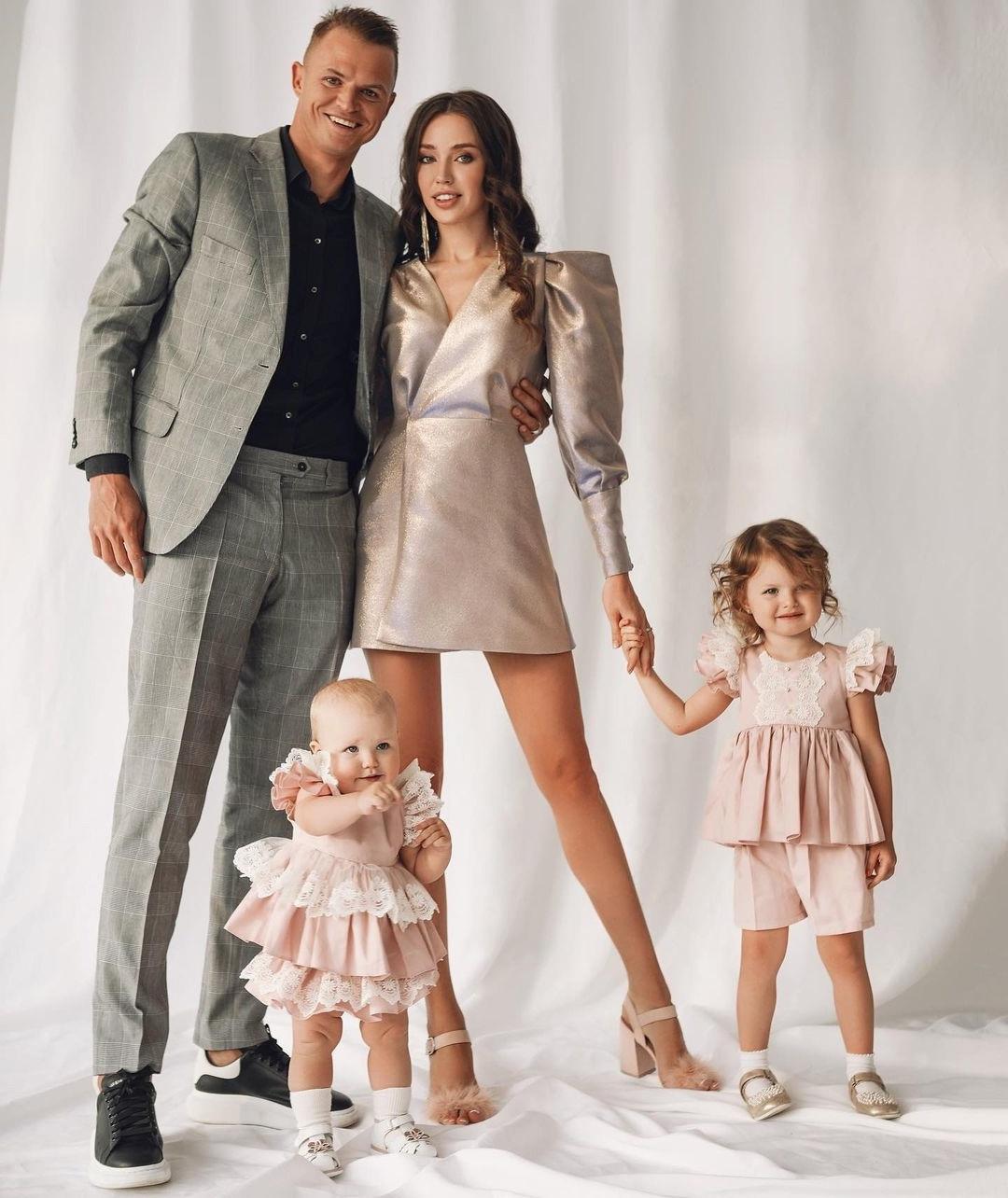 Прекрасная семья Тарасовых снова ждёт малыша Поздравляем!