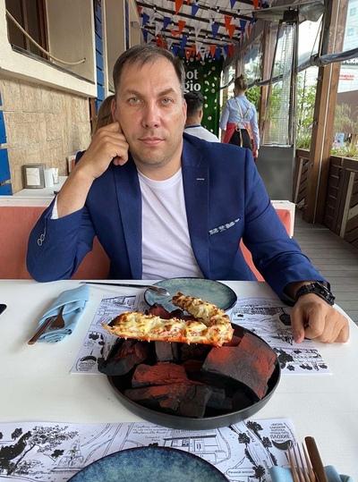 Андрей, 44, Tver'