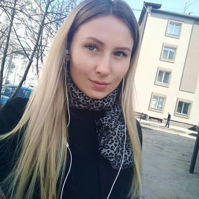 Алёна Семёнова