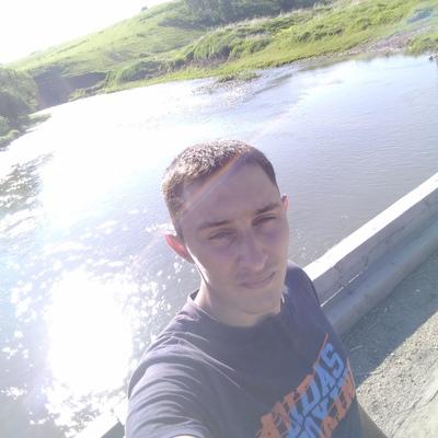 Андрей, 25, Barnaul